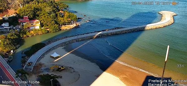 Molhe do Pontal Norte de Balneário Camboriú