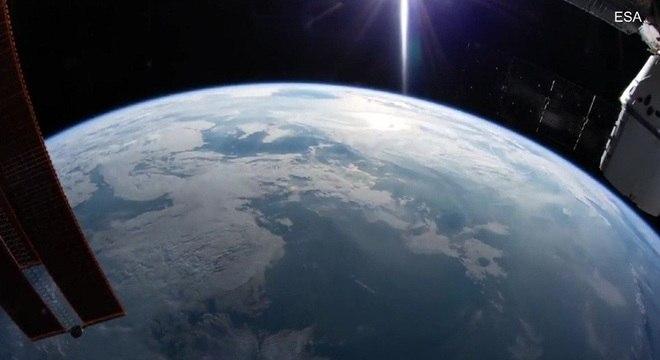 Câmera ao vivo da terra vista da estação espacial da NASA HDEV