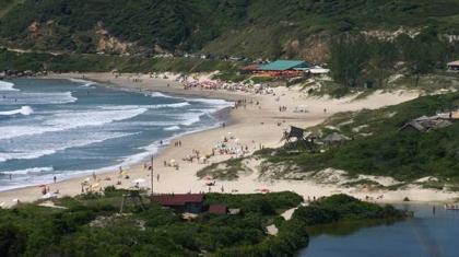 Câmera ao vivo Praia do rosa em Santa Catarina
