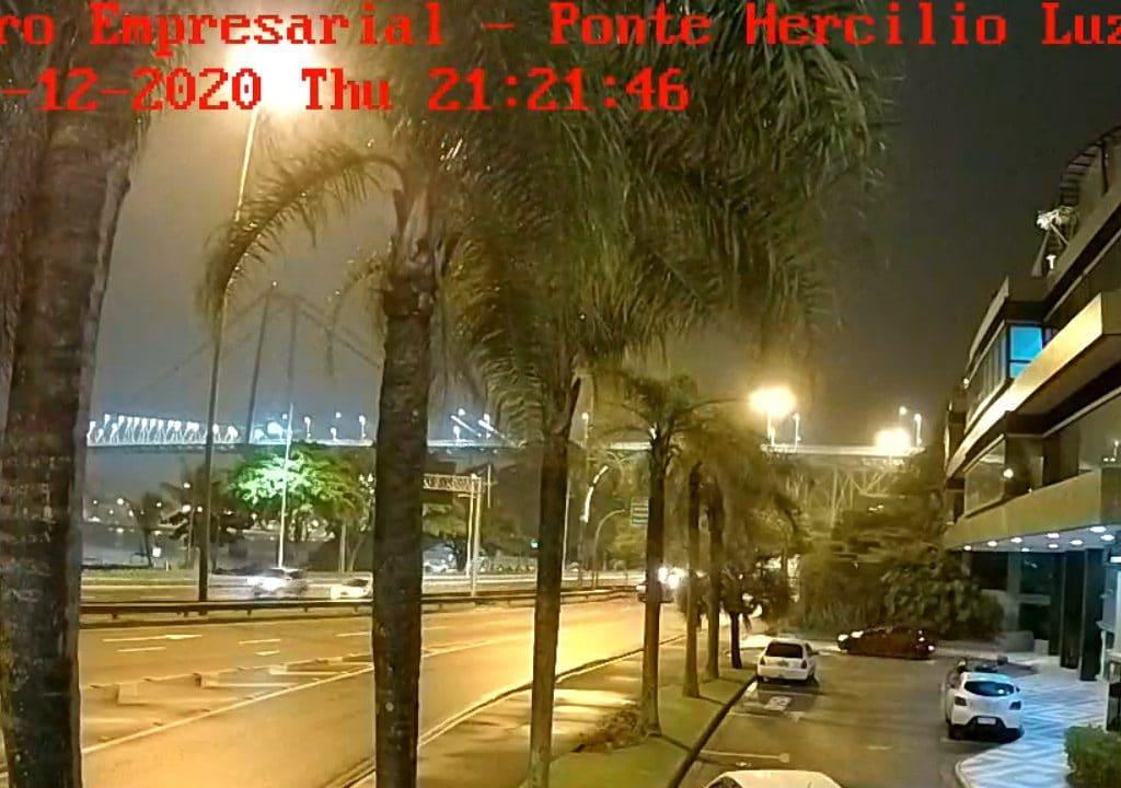 Câmera ao vivo centro empresárial em Florianópolis em Santa Catarina