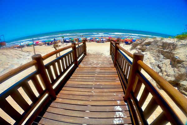 Praia de Guriri ao Vivo