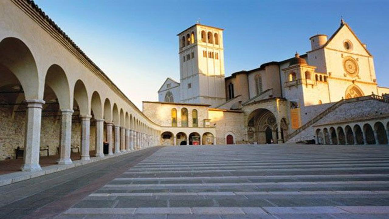 Basílica de São Francisco em Assis, Itália