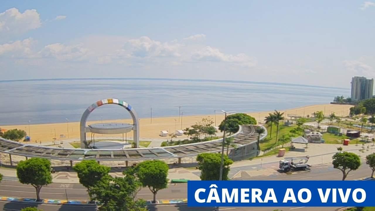 Imagens da câmera ao vivo da praia da ponta negra.