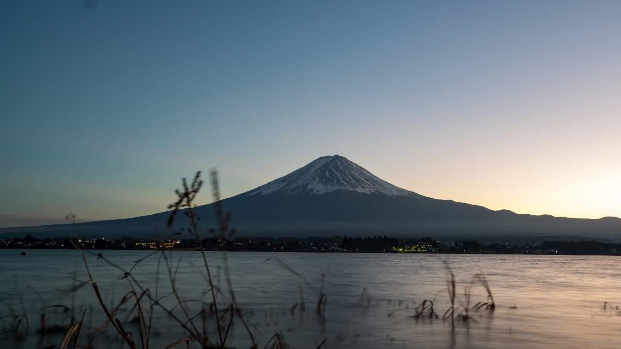 Foto do monte fuji no Japão ao vivo.